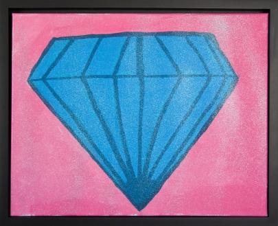 Alyssa paints her diamond image onto canvas.
